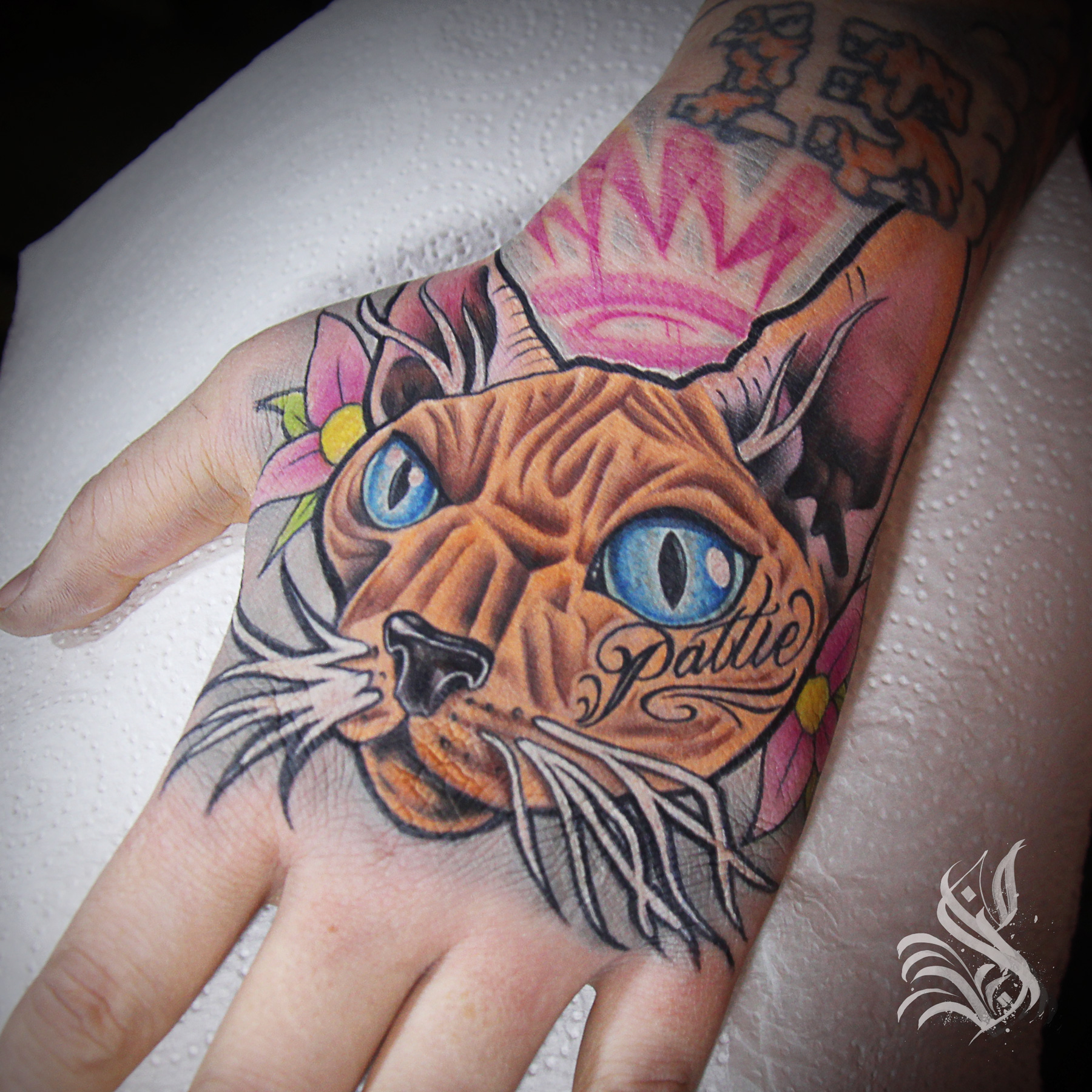 sorn-smb-tattoo-cat-ragnboneman-hand-brighton.jpg