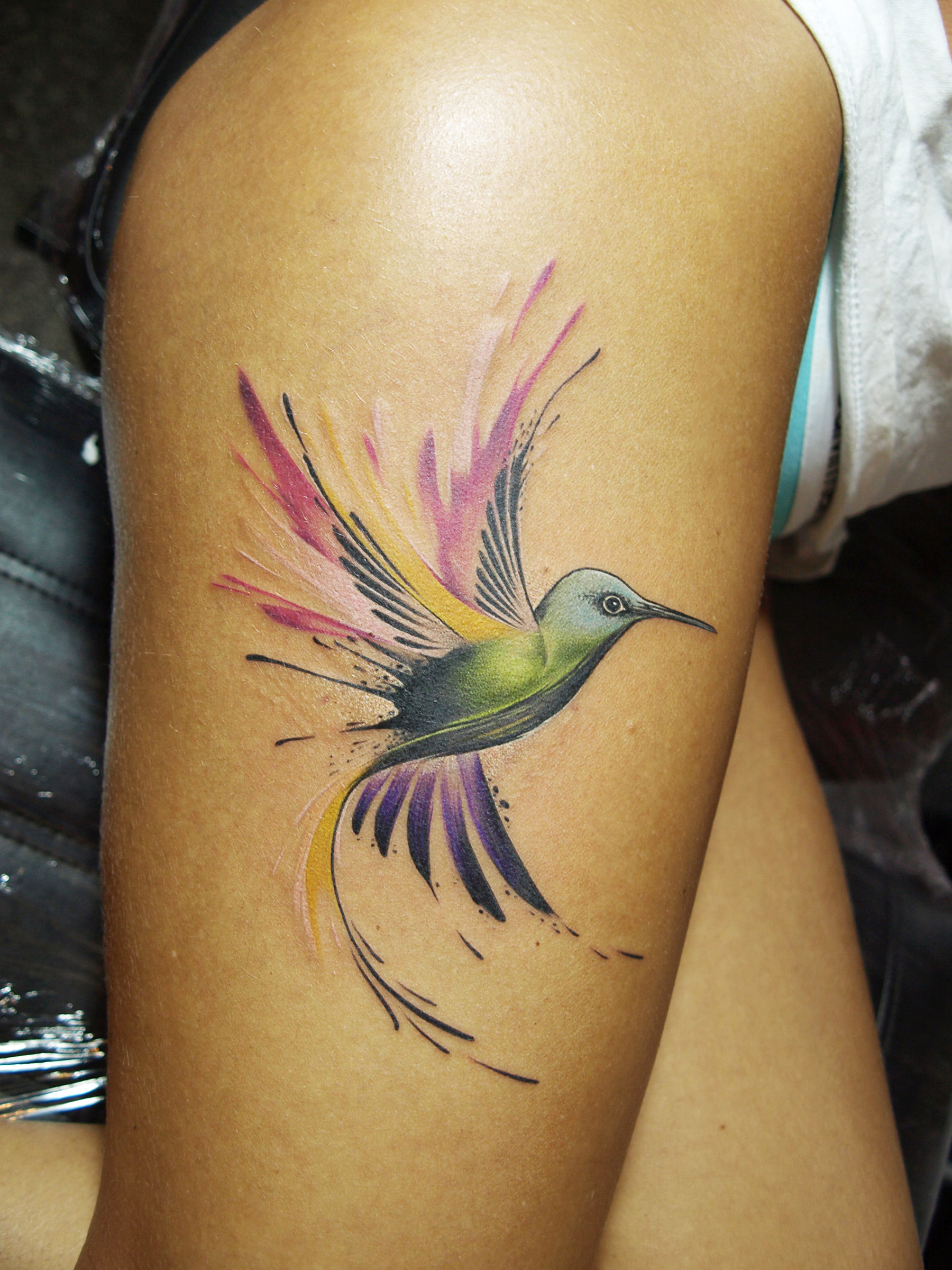 sorn-smb-tattoo-hummingbird-watercolour-brighton.jpg