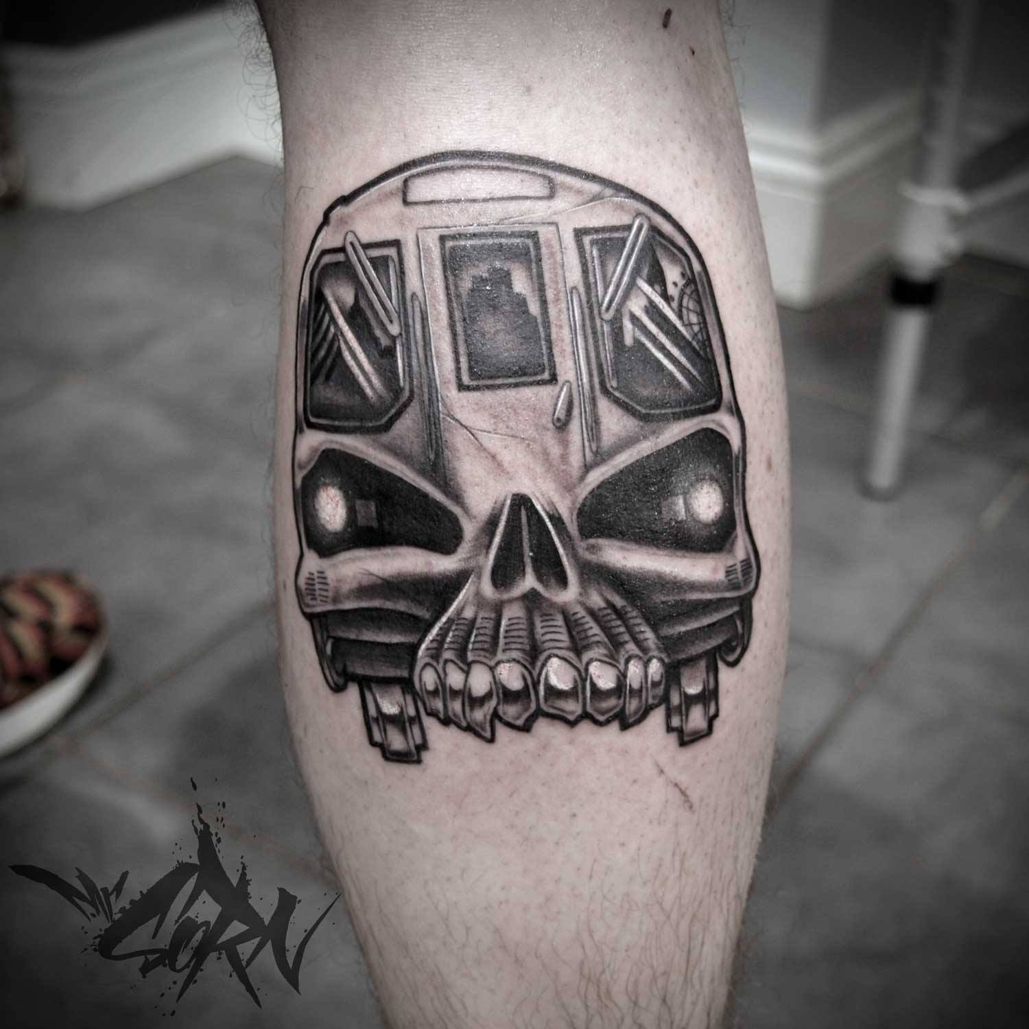 sorn-smb-tattoo-newschool-skull-tube-london-underground.jpg